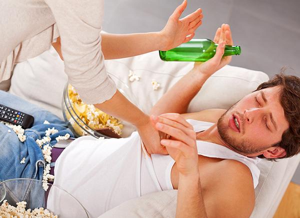 Как вывести пьяницу из запоя